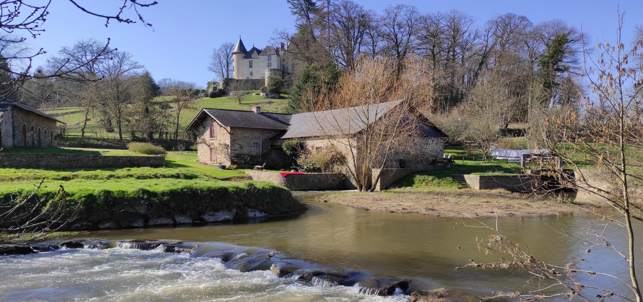 Château de Clivoy à Chailland - Chemin de Pontmain